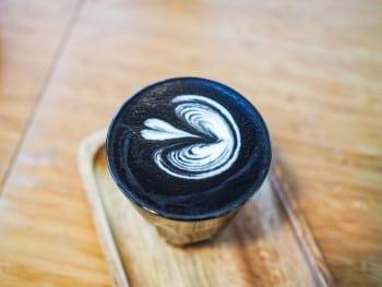 Black Latte Avis et Expériences – Un complément minceur révolutionnaire